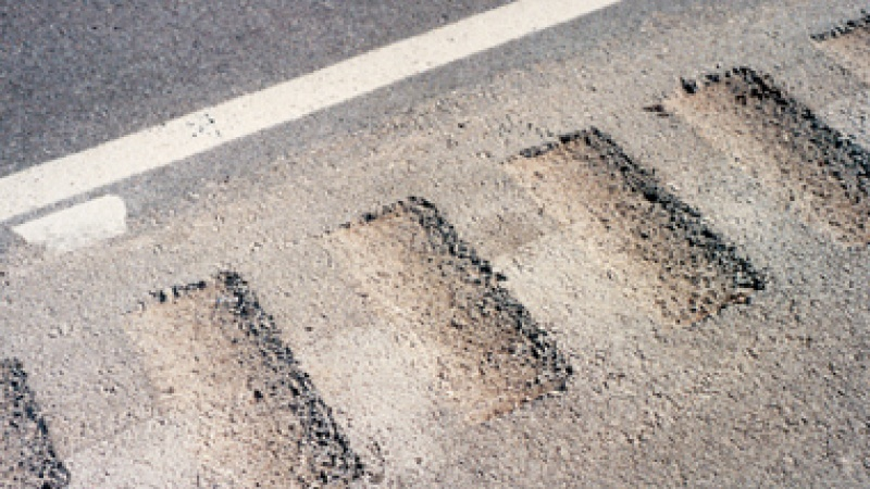 Photo of shoulder rumble strips.
