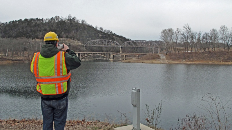 Photographing the hsitoric bridges at Shoal Creek on Bull Shoals Lake