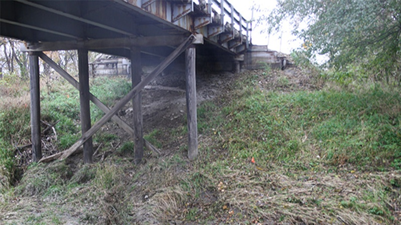 Side view of Florida Creek Bridge on Nodaway County Route 46