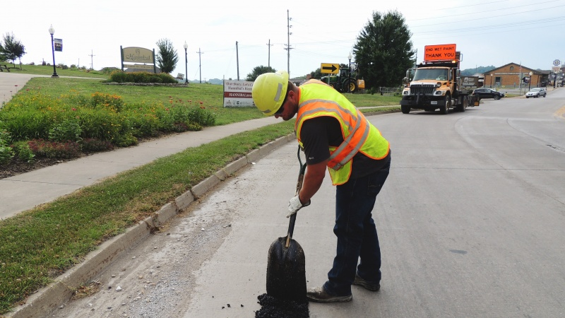 Pothole patching in Hannibal