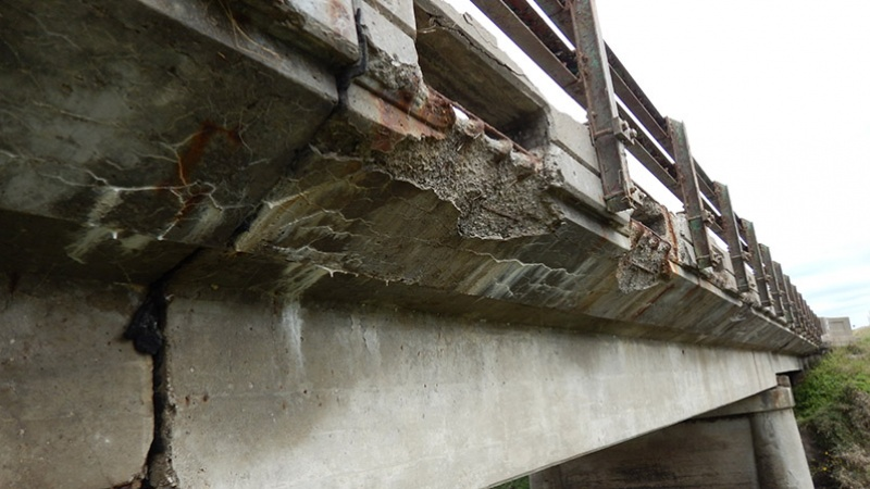 Nodaway County U.S. Route 136 Mozingo Creek Bridge Deck Overhang